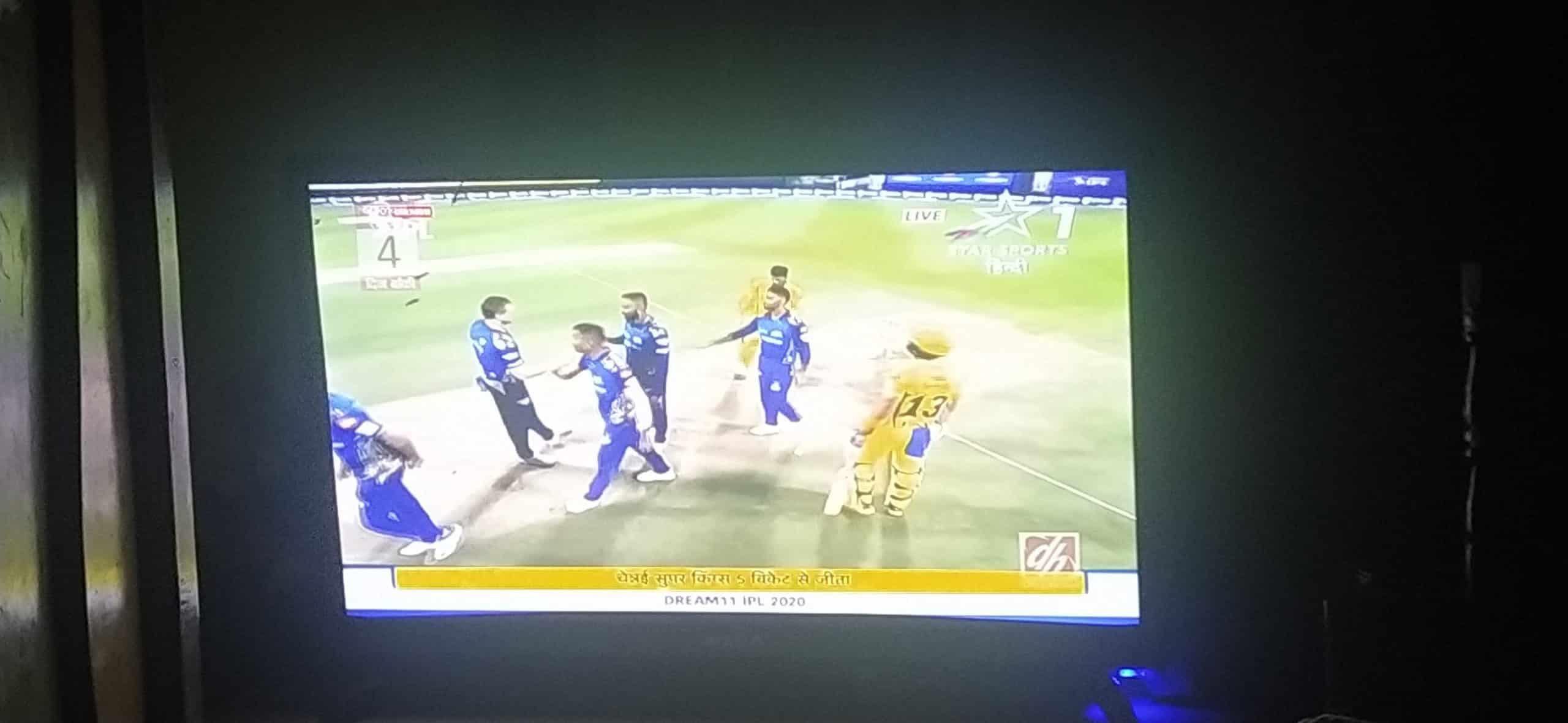 चेन्नई सुपर किङ्स ५ विकेटले विजयी